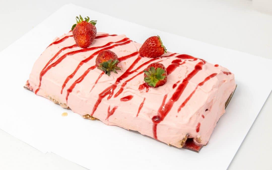 Bûche aux fraises
